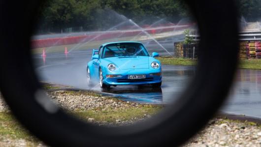 Porsche разрабатывает новые шины для своих классических автомобилей