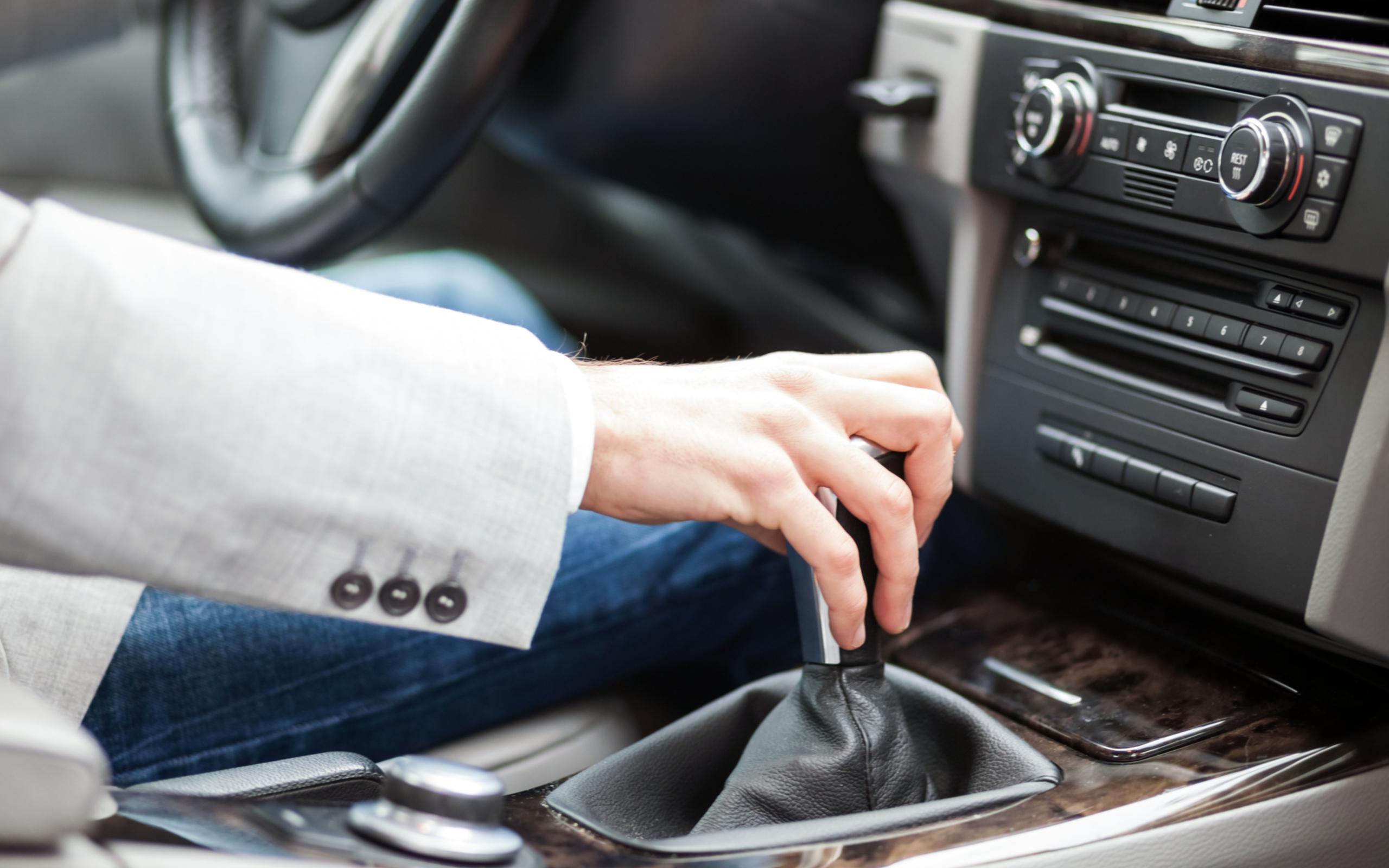 Советы водителям при поломке авто: просто и безопасно