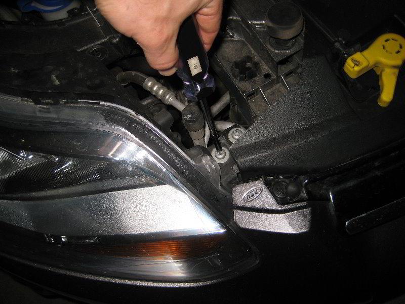 как поменять лампочку габарита на бентли