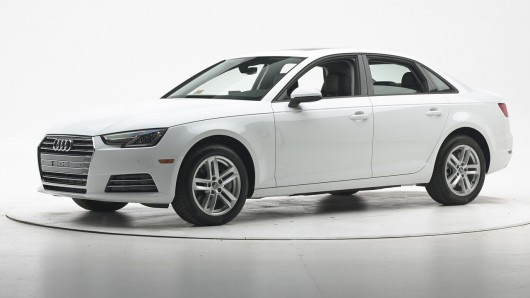 2017 Audi A4 заслужила награду Top Safety Pick+ от IIHS