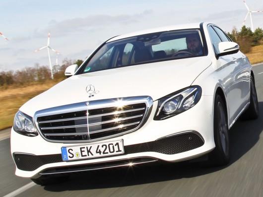 Сравниваем Mercedes E-Class, Audi A6 и BMW 5-Series: Обзор