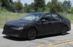 Первые фотографии нового поколения Toyota Camry XV60