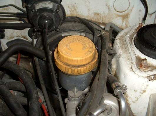 Как проверить тормозную жидкость