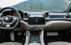 2017 Ferrari GTC 4 Lusso, Обзор: технические характеристики, фото