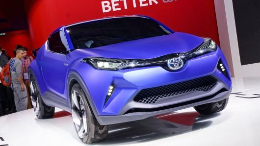 Новые автомобили Тойота, <strong>новая модель Тойота Камри комплектации 2018 года</strong> которые выйдут до 2020 года
