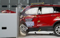 2017 Ford Escape повторно прошел экзамен на удароустойчивость