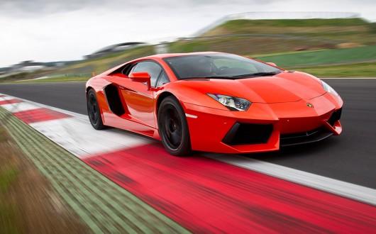 Джереми Кларксон назвал Топ-10 лучших автомобилей, на которых он ездил в прошлом году