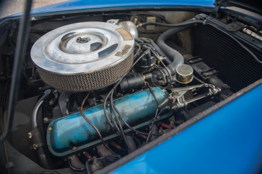 Shelby Cobra был продан на аукционе за немыслимые $  13 млн.