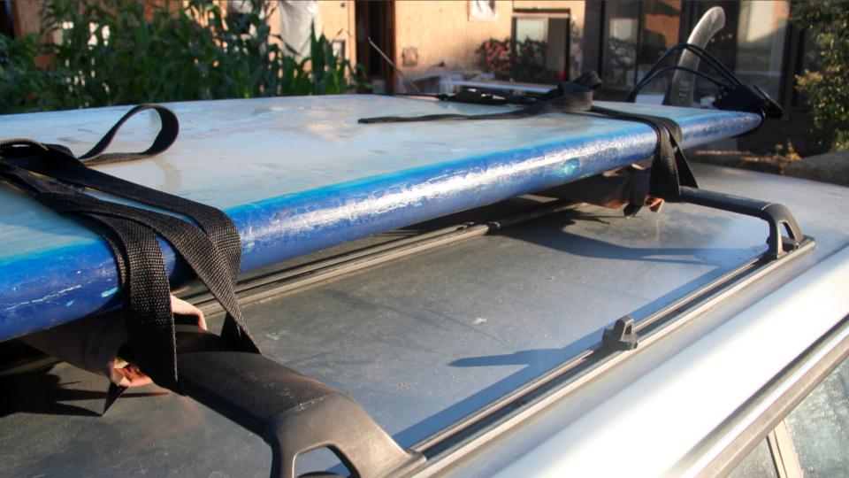 Как закрепить груз на крыше автомобиля