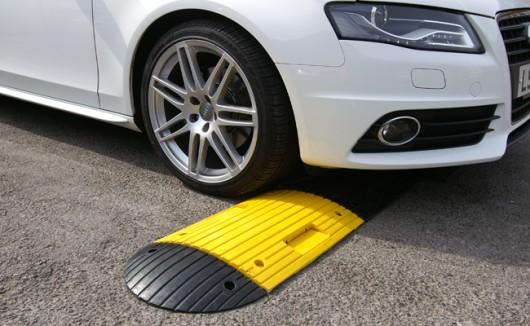 Десять лучших способов заставить водителей не превышать скорость