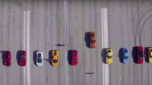 Можете ли вы угадать, кто победит в заезде спорткаров?