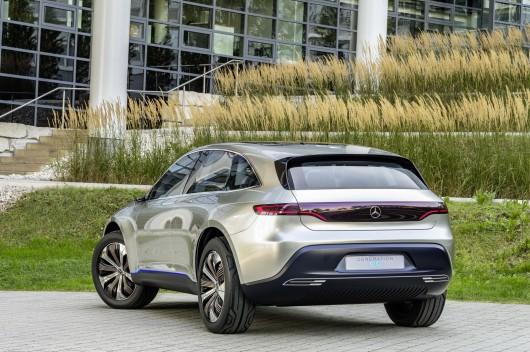 Электрический концепт кроссовера Mercedes EQ, новая эра развития электрокаров