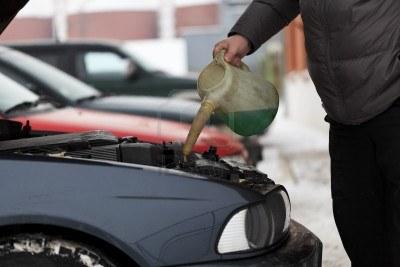 Алкоголь может спасти жизнь при отравлении тормозной, отравление стеклоомывающей жидкостью или антифриза