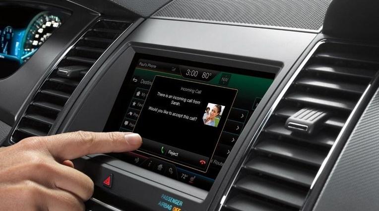 Подсоединяем сотовый телефон по Bluetooth с машиной