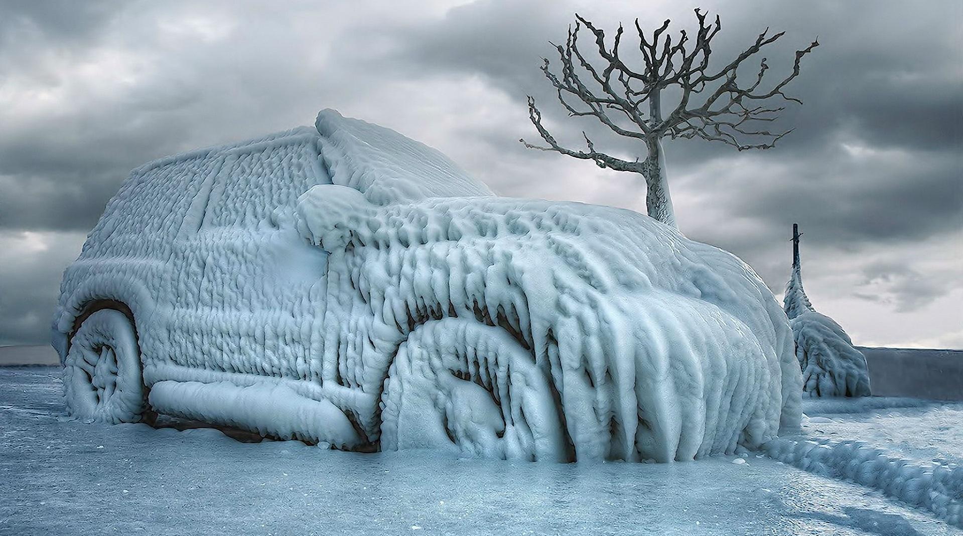 Десять зимних грехов автолюбителей: Что нельзя делать владельцам автомобилей зимой.