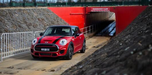 Как получить отличные фотографии своего автомобиля. 10 советов профессионального фотографа