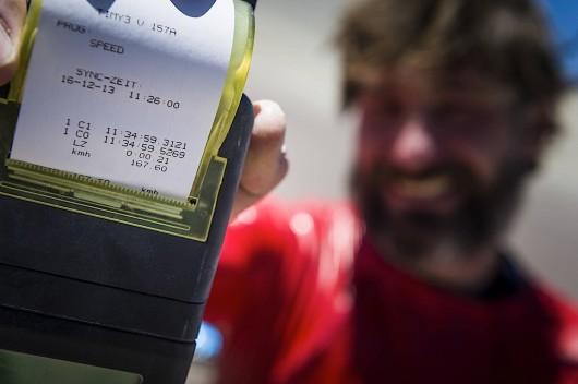 Спортсмен разогнался до 160 км/ч на стандартном маунтинбайке: Видео