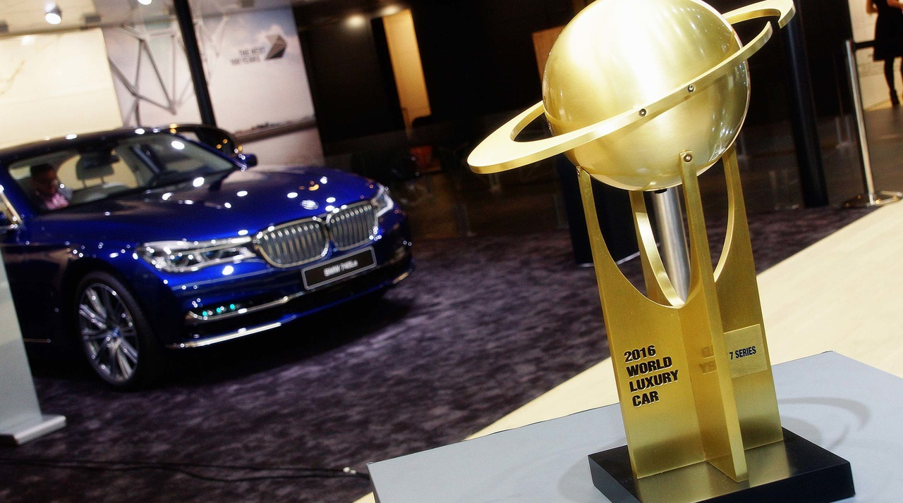 Объявлены финалисты премии Всемирный автомобиль года 2017