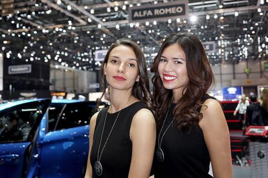 Девушки на автошоу в Женеве: 2017 года