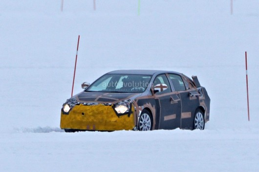 2019 Toyota Corolla замечена на зимних тестах