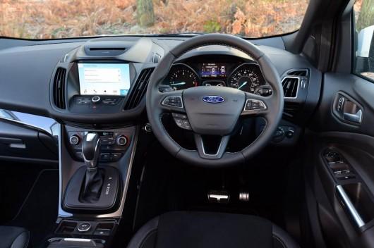 Сравнение кроссоверов Ford Kuga, Volkswagen Tiguan, Mazda CX-5