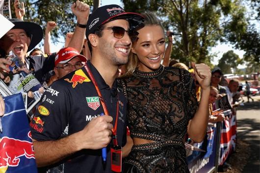 Формула-1: Девушки на открытии сезона 2017 года