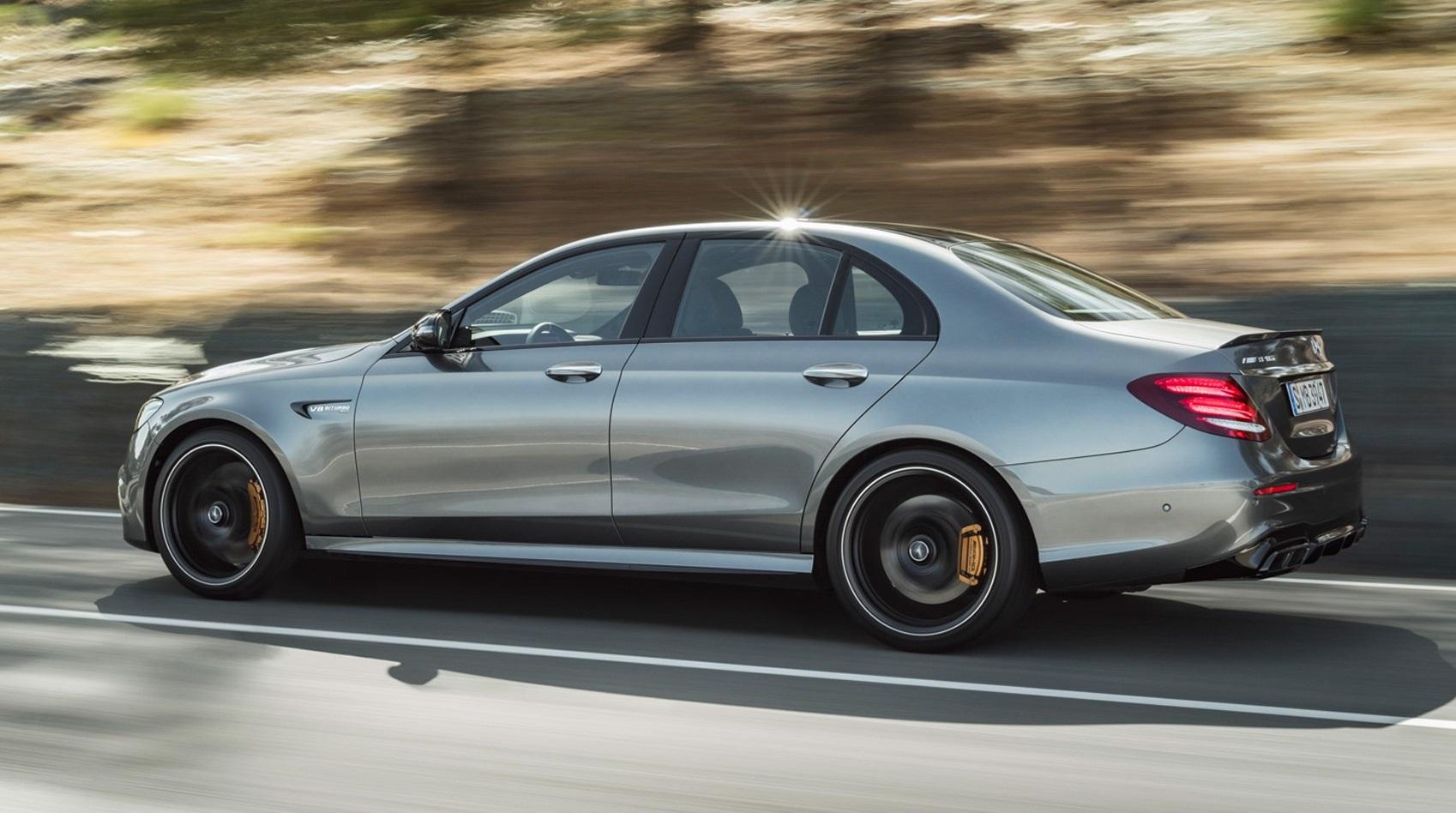 Видео: За сколько на самом деле Mercedes-AMG E63 S может разогнаться до 300 км/ч?