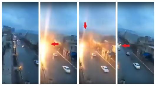 В автомобиль во время движения попала молния