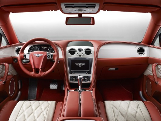 7 самых роскошных салонов автомобилей в мире