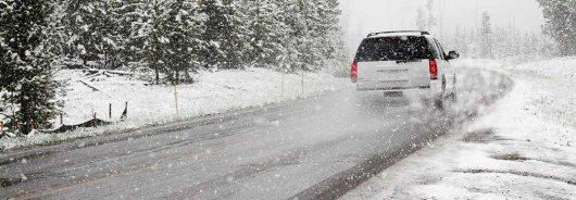 Вот почему не нужно прогревать двигатель в машине зимой