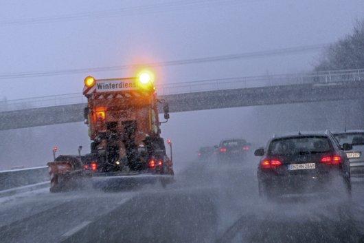 Как снег и лед вредят автомобилю