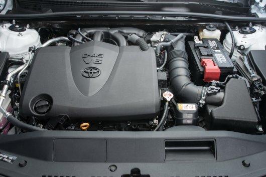 Появились официальные технические данные о новой Тойота Камри для РФ