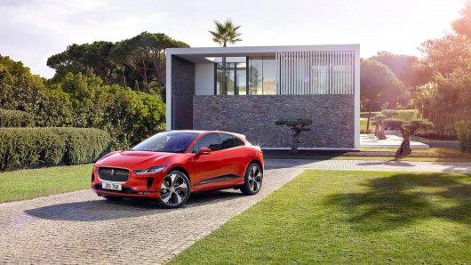 Jaguar показал первый электрический кроссовер I-Pace: Подробности