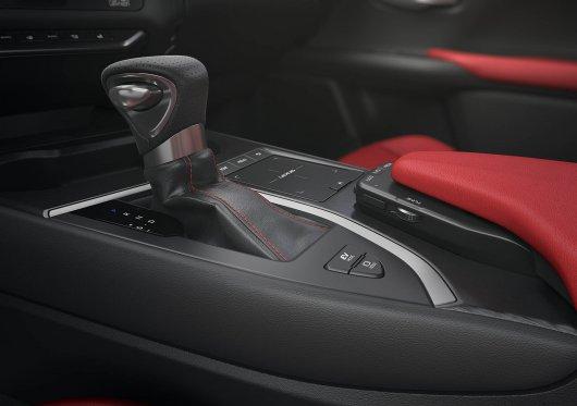 Дебют нового кроссовера Lexus UX | Он будет продаваться в России
