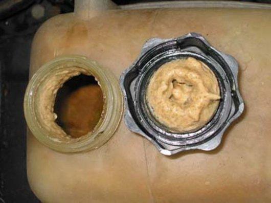 Какие проблемы связаны с износом прокладки головки блока цилиндров и как их избежать