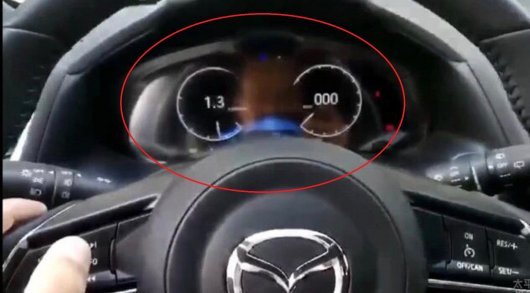 Вот как выглядит приборная панель новой Mazda 3 2019 года