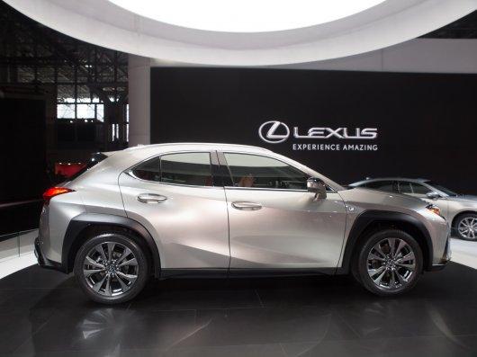 Новый компактный кроссовер Lexus можно будет приобрести по подписке