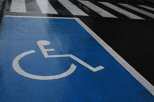 Знак «Инвалид» изымут из свободной продажи: Объясняем, зачем
