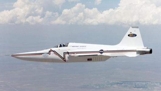NASA изобретает новый сверхзвуковой самолет (пока готовят макет)