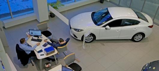 Остерегайтесь автосалонов, предлагающих низкую цену с высокой процентной ставкой по автокредиту