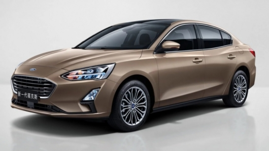 Новый 2019 Ford Focus против старого 2018 Ford Focus: Сравнение