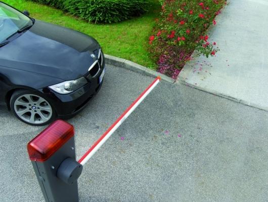 Если вас не пускают на парковку в свой двор – прочитайте это решение Верховного суда