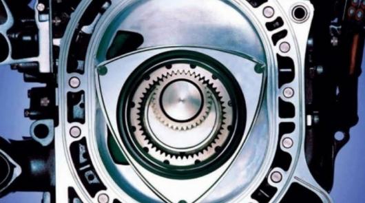 Видео: Как Мазда делала свои роторные двигатели