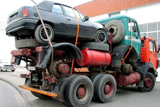 Необычные автомобили, которые приехали на техосмотр