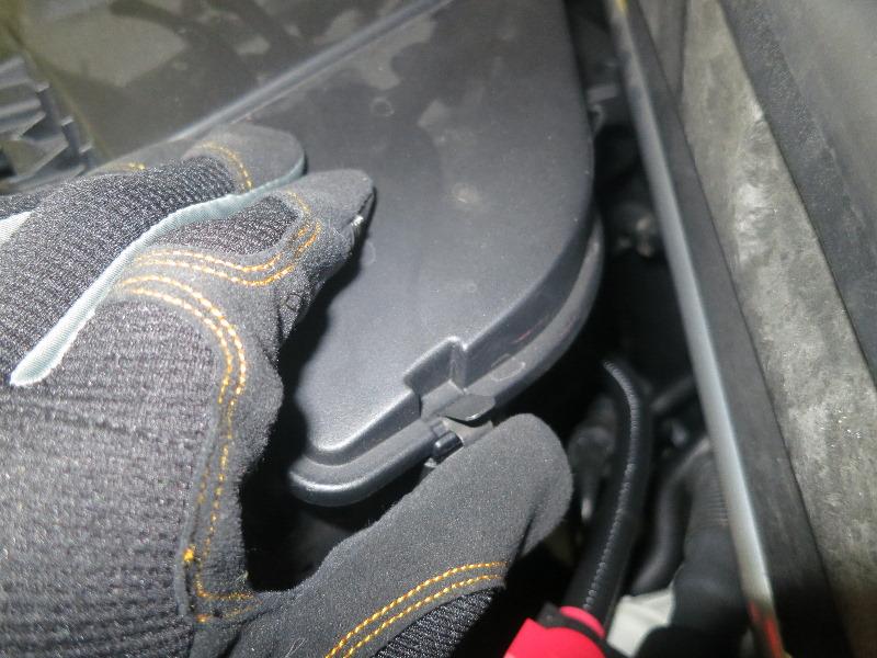 Как заменить воздушный фильтр на автомобиле BMW X5 — пошаговое руководство