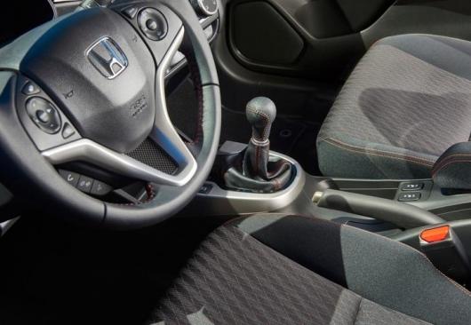 Вот в каких автомобилях ненадежные коробки передач.