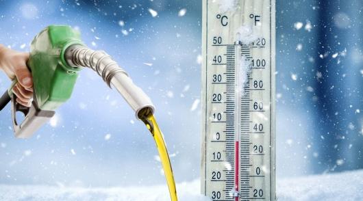 Разрушаем миф: влезет ли в бензобак больше топлива в сильный мороз?