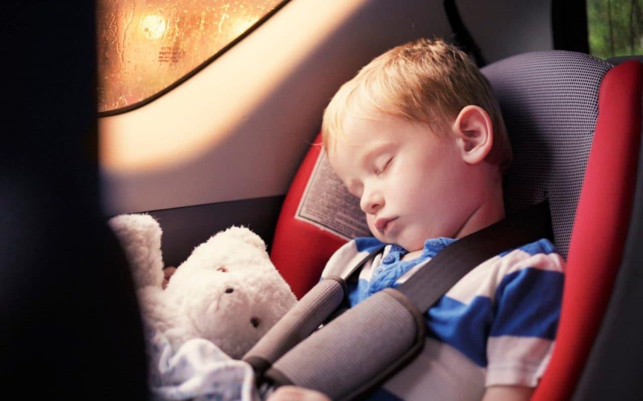 Минус 20 км/ч к скорости, если ребенок в машине: предложение ГИБДД