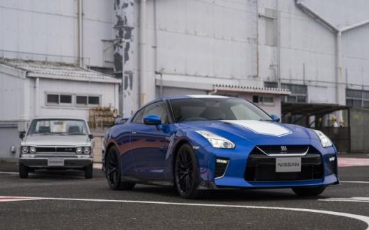 Полувековой юбилей Nissan: два лимитированных супер-купе