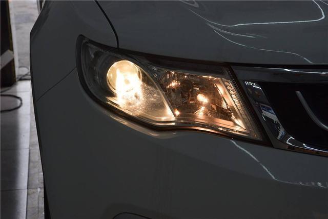 Анализ достоинств и недостатков автомобильных фар: галогенные, ксеноновые, светодиодные – что лучше и что практичней?